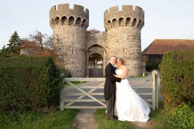 cooling castle grounds wedding