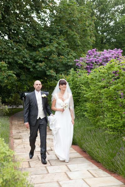 weddings Hadlow manor 518
